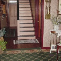 Hospitality Inn Bed & Breakfast - Stairs