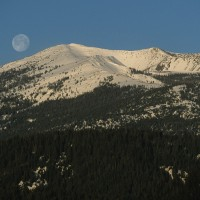 Moon Setting on Mt. Eddy, photo by Kevin Lahey