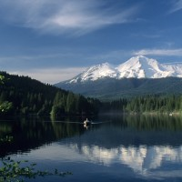 Fishing on Lake Siskiyou, photo by Kevin Lahey